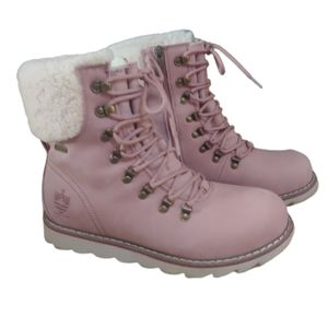 Royal Canadian Lethbridge pink leather snow boots